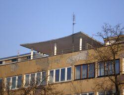 Mickiewicza (budynek nr 34-36, daszek).JPG