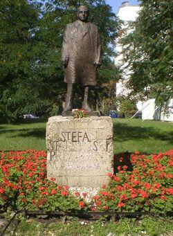 Pomnik S. Starzyńskiego Saski.JPG