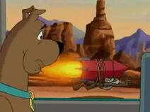 Scooby sees Wile E Coyote