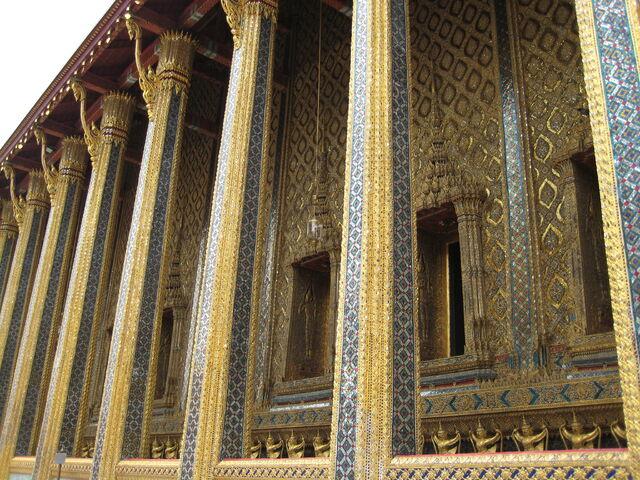 Datei:Tempelsäulen.jpg