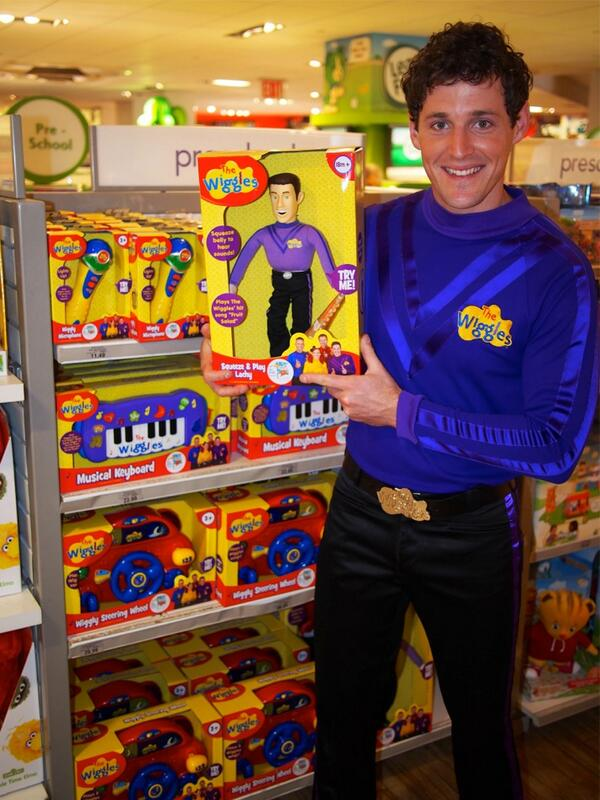 The Wiggles Toys R Us : Image lachyattoysrus g wigglepedia fandom powered