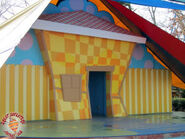 Wigglehouse at Six Flags, Wiggles World without Flora Door.