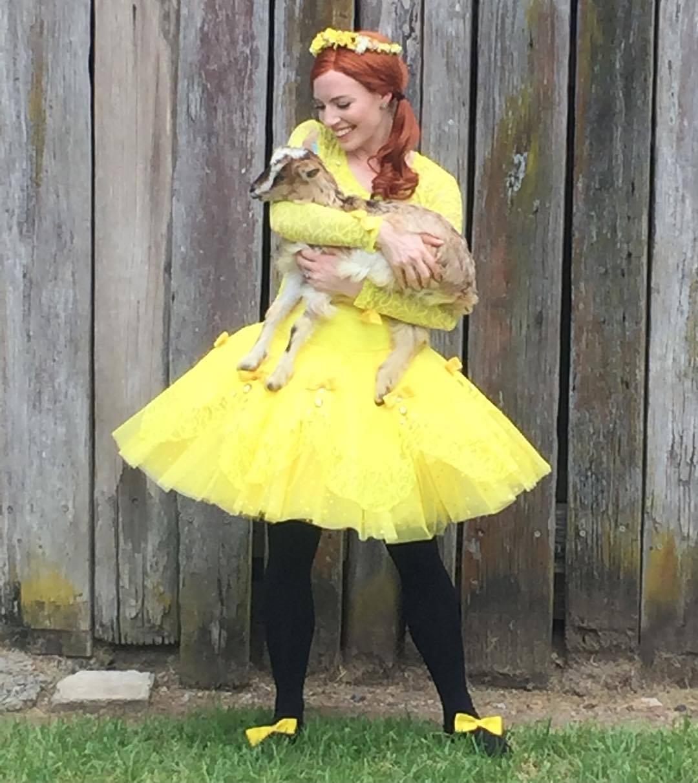 meet emma wiggle costume