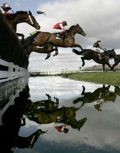 File:SteepleChase.jpg