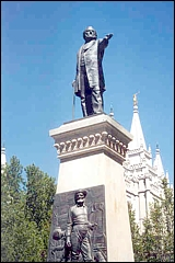 File:Brigham-young-statue-statue.jpg