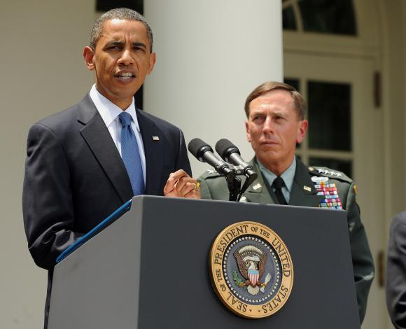 File:Obama-replaces-Afghanistan-commander-McChrystal-in-Washington 16.jpg