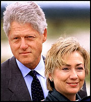File:Clintons 083099ap.jpg