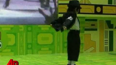 Raw Video 4-year-old Channels Michael Jackson
