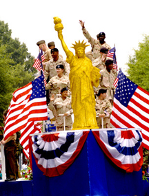 File:July4thParade.jpg