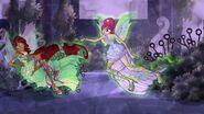 Tecna & Layla Fighting