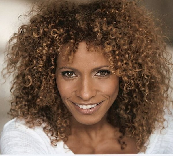 michelle hurd witches of east end wiki fandom powered