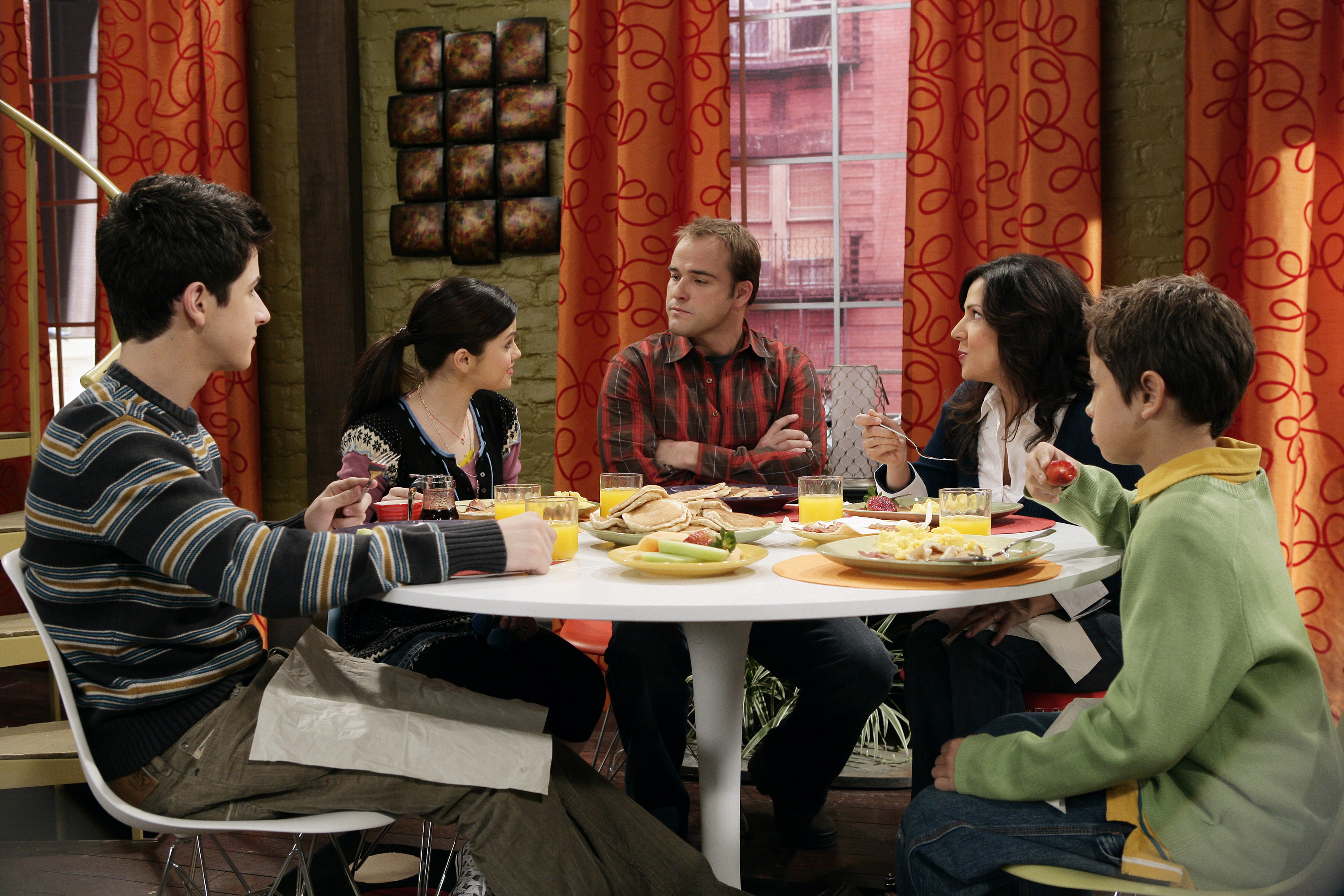 Alex Russo Bedroom Style Ideas. Alex Russo Bedroom On Wizards Of Waverly Place   Bedroom Style Ideas