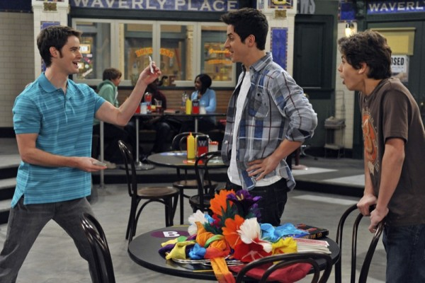 Zeke Finds Out Wizards Of Waverly Place Wiki Fandom