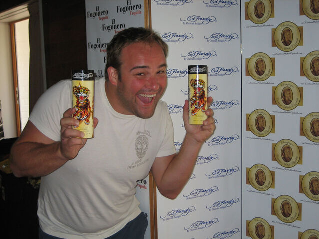 File:David Deluise (Wizards of Waverly Place) With Ed Hardy Fragrance-1-.jpg