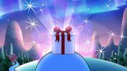 S1e19b Gift box shining
