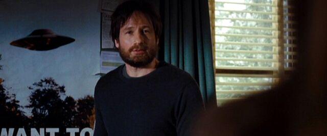 File:Fox Mulder bearded.jpg