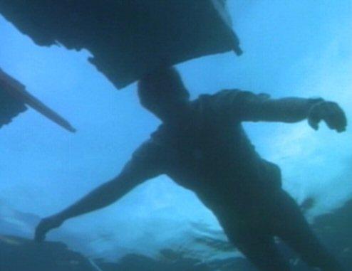 File:Fox Mulder in the Bermuda Triangle.jpg