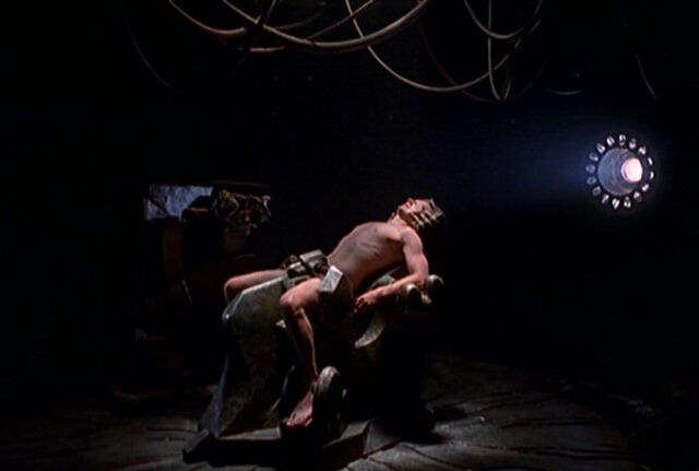 File:Fox Mulder's abduction.jpg