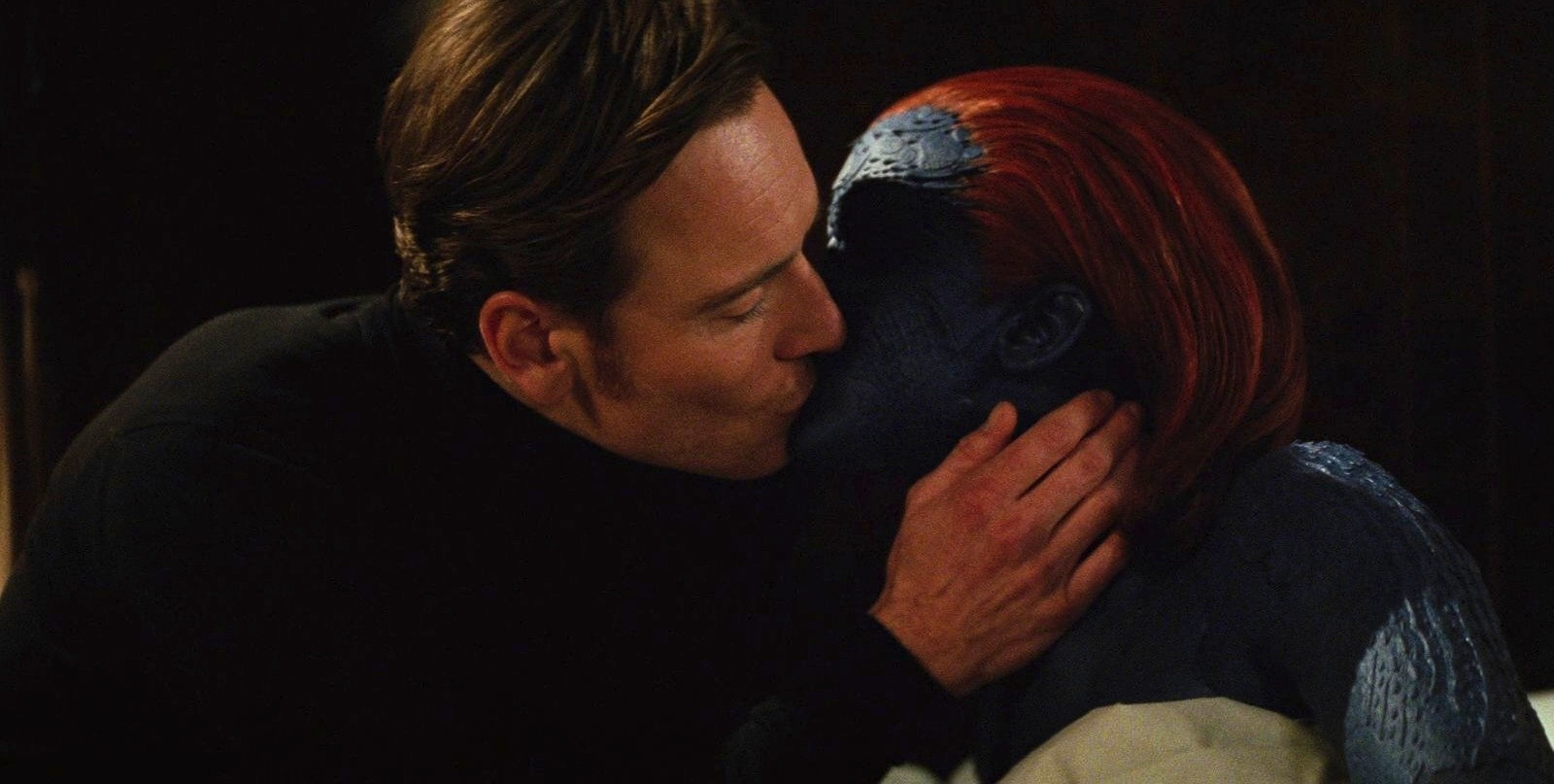 FileMagneto Mystique kiss jpg X Men First Class Magneto And Mystique
