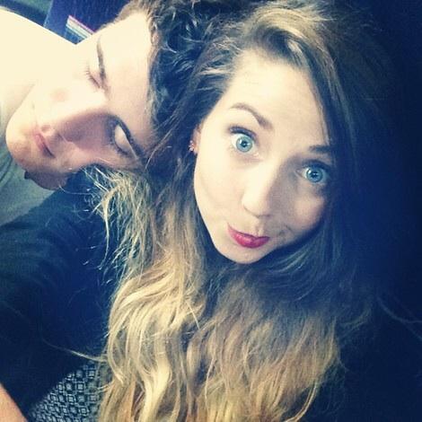 File:Zoe and Alfie Deyes.jpg