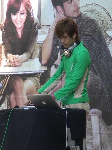 檔案:大嘴巴DJ宗華3.JPG
