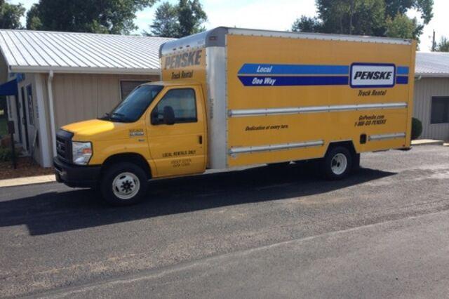File:Box truck.jpg