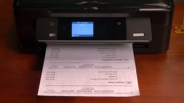 File:Roberts office in new friend 4.PNG