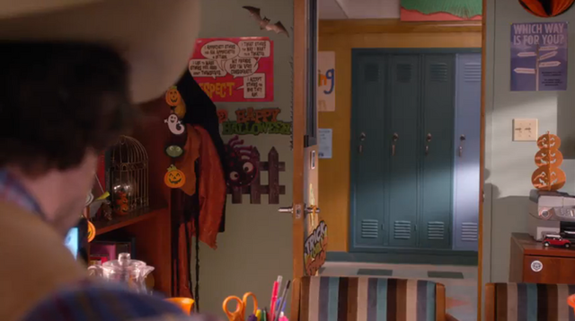 File:Roberts office in halloween 5.PNG