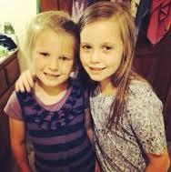 File:Johannah and Jennifer so close & inseperable.jpg
