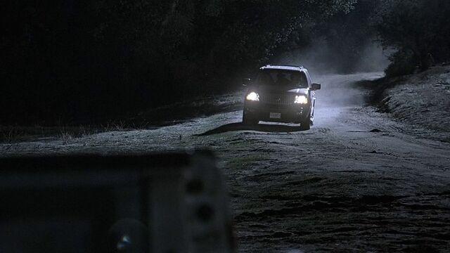 File:3x11 dirt road.jpg