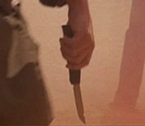 File:5x01 knife.jpg