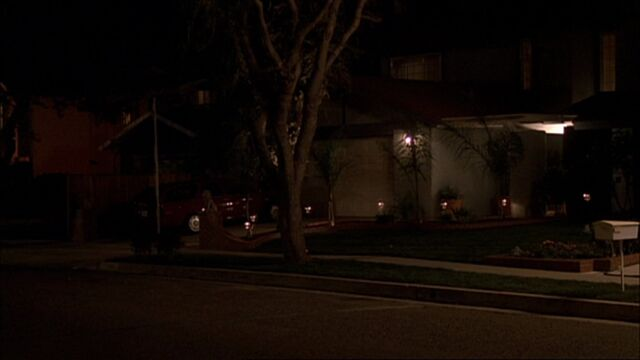 File:4x14 Fayed's house.jpg