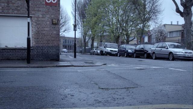 File:Bradford-road.jpg