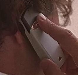 File:2x02 Gary phone.jpg