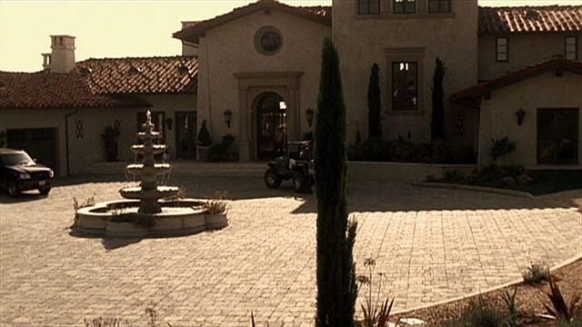 File:3x01 Salazar Ranch.jpg