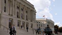 10x01 Capitol steps