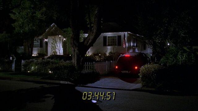 File:2x20 Kate Warner house.jpg