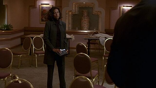 File:1x05 conference room.jpg