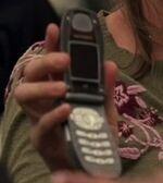 5x02 Jennings phone