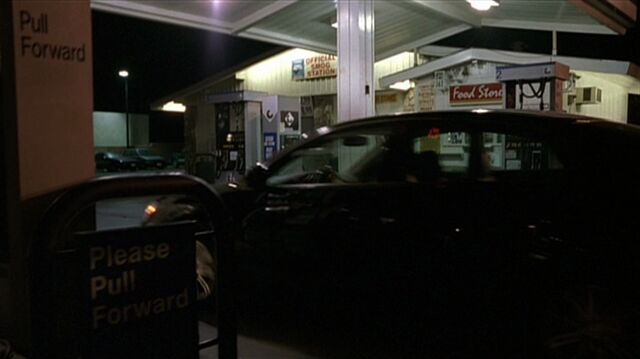 File:5x17 gas station.jpg