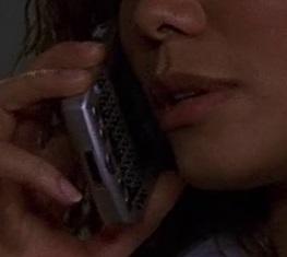 File:2x23 Carrie phone.jpg