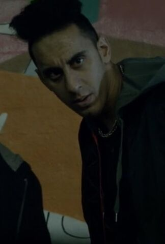 File:9x03 gang member muzz khan.jpg