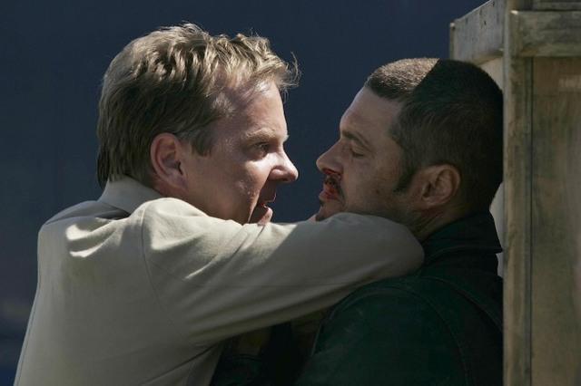 Archivo:Jack Threatens Tony.jpg
