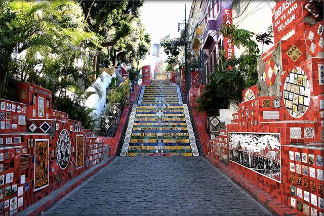 File:Street-Art-in-Rio-de-Janeiro-Brazil.jpg