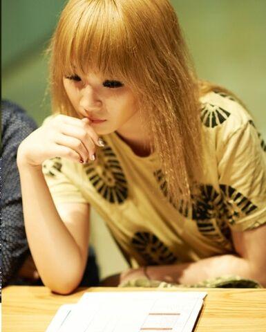 File:Lee-chae-rin-gallery.jpg
