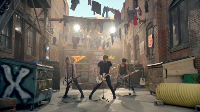 File:5 Seconds of Summer - She Looks So Perfect - 5 Seconds of Summer Wiki (21).png