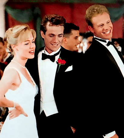 File:327prom.png