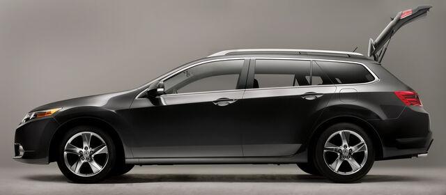 File:2011-Acura-TSX-Sport-Wagon-35.jpg
