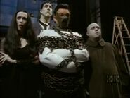 The.new.addams.family.s01e54.lurch.and.his.piano072