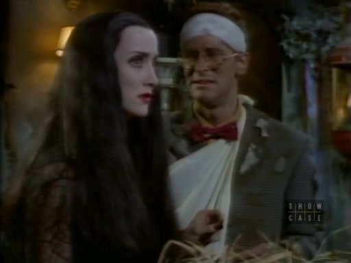 File:The.new.addams.family.s01e27.crisis.in.the.addams.family055.jpg